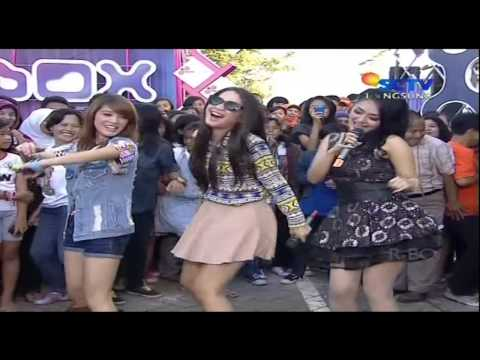 SITI BADRIAH Live At Inbox (18-03-2013) Courtesy SCTV