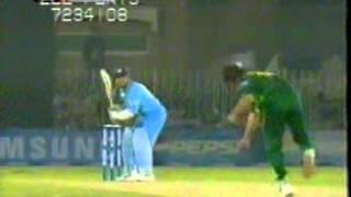 Shoaib Akhtar Best Bowling Action Part 2/3