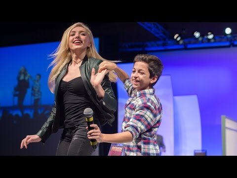 Xxx Mp4 Premiere Dating Game With Peyton List Jason Earles J J Totah And Michael David Palance 3gp Sex