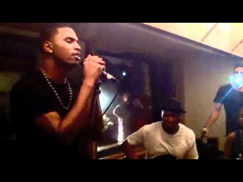 Download Trey Songz performs 'Can't Be Friends' Live Intimate Show free