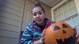 Pumpkin carvinggggg