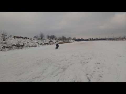 Jazda na lodzie motorem z kolcami drifting bez przedniego hamulca cz. 3