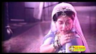 Bangla Movie Song: Aami Jalsa Gharee Nupur Pora Bandini