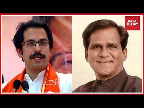 Xxx Mp4 Shiv Sena Launches Joota Maro Protest Against BJP Leader In Maharashtra 3gp Sex