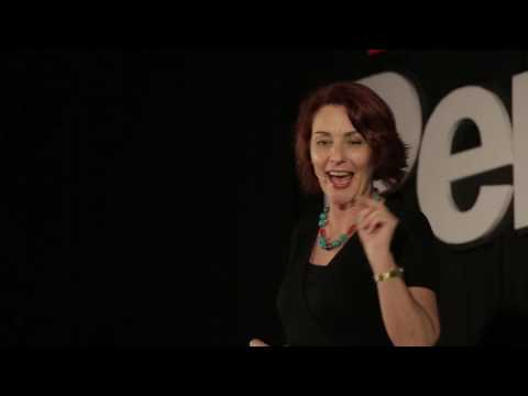 Why you should speak English like you're playing a video game | Marianna Pascal | TEDxPenangRoad