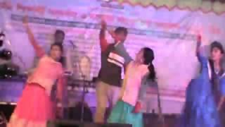 kine de reshmi churi, কিনে ডে  রেশমী চুরী, ড্যান্স গান, ময়েনপুর। মাথায় নষ্ট মামা
