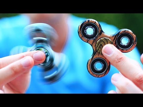 PRO FIDGET SPINNER TRICKS (very cool)