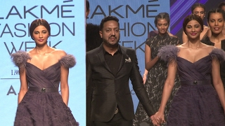 Daisy Shah Walks As Showstopper For Designer Amit GT At Lakme Fashion Week Summer 2017