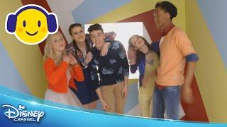 Just Like Me! | Officiële Muziekvideo | Disney Channel NL