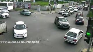 حوادث سيارات خطيرا و مضحكة بنفس الوقت شاهد و استمتع بلفيديو (الوصف مهم)