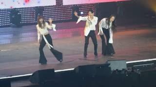 160602 KCON Paris f(x) 에프엑스 - Talk+Amber 엠버 Shake That Brass (feat I.O.I. Chungha) HQ
