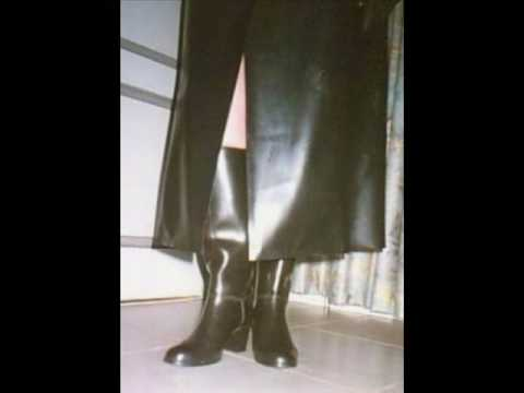 Girls in Rubber Boots 1 Slideshow Birkin La gadoue