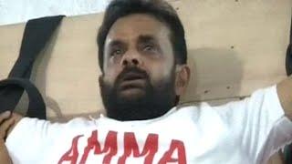 Jayalalithaa's Crazy Fans in Tamilnadu - Part 01