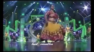 MALAYALAM SEREAL ACTRESS REKHA MOHAN HOT BOOBS SHOW SCENS VIDEO