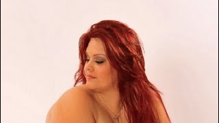 Jade Green - plus size model -