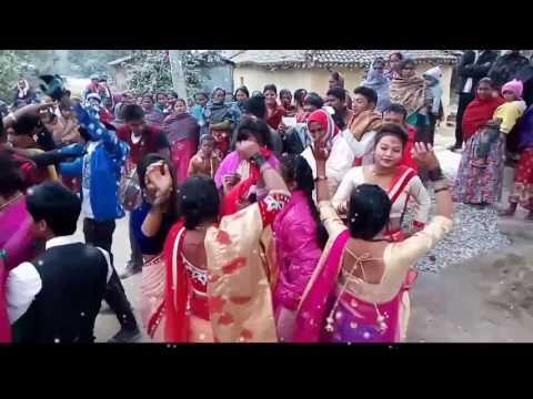 girl's band baza dance rupandehi upload(o tharu rejarane) new dance video