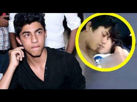 Half nude photos of Aryan Khan and Amitabh's grand daughter goes viral on internet   Shahrukh khan