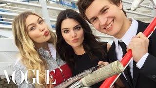 Watch What Happens When We Give Kendall Jenner and Gigi Hadid a Selfie Stick - Vogue
