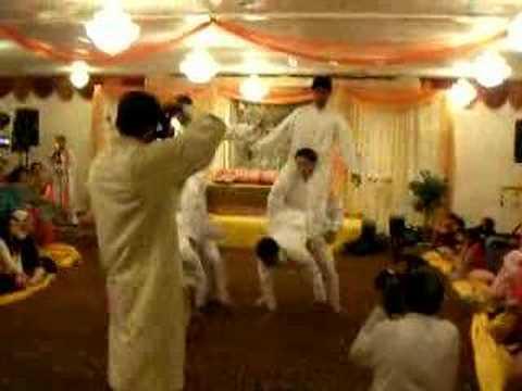 Sajid Khan Saleha Pirzada Mehndi Dance