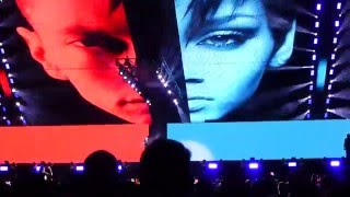 NUMB/ NO LOVE/ RUN THIS TOWN/ LIVE YOUR LIFE -EMINEM & RIHANNA: MONSTER TOUR 1 of 27