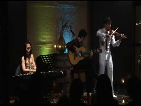 La cumparsita 11 4 2009 Guitarist Nguyễn Đức Đạt violinist luân vũ pianist Vương Hương