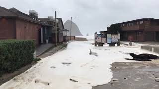 Large waves push into Cannon Beach