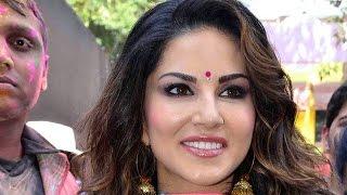 Sunny Leone At Zoom Holi Party 2015