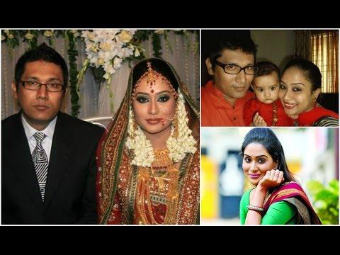 Xxx Mp4 অভিনেত্রী জাকিয়া বারী মম এর জীবন কাহিনী Biography Of Actress Zakia Bari Momo 2016 3gp Sex