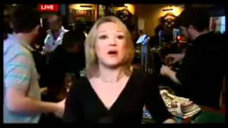 FUNNY DRUNK GUY acts like a Goof behind the REPORTER In Bar