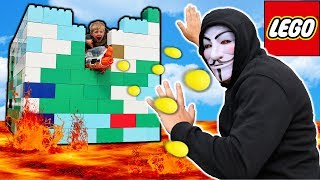 Defend The Giant Lego Fort Against Project Zorgo!