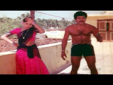 Comedy Kings - Chiranjeevi Exposing On Building -  Chiranjeevi, Vijaya Shanthi