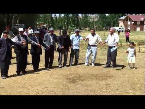 Sivas Hafik Dişkapı Köyü Halay Ustaları 2012 Kır Gezisi