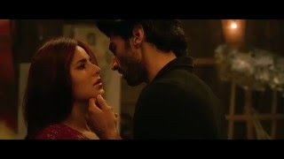 katrina kaif kiss in fitoor HD