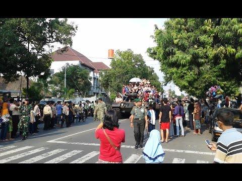 Xxx Mp4 Pawai Kendaraan Militer LATSITARDA Nusantara XXXV 2015 Purwokerto 3gp Sex