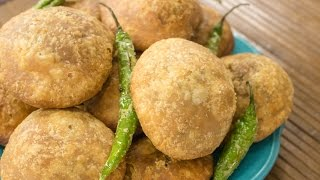 Khasta Kachori Recipe | Halwai Style Moong Dal Khasta Kachori Recipe