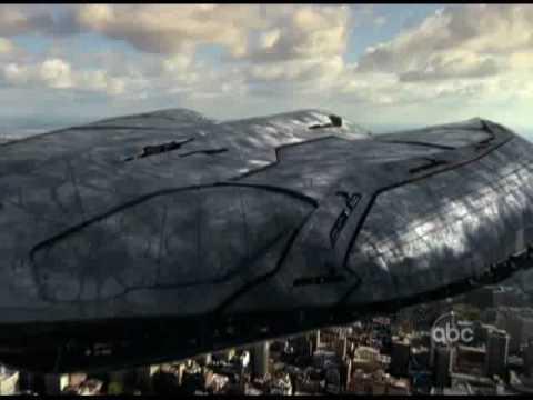 V Invasión Extraterrestre Trailer Oficial Elizabeth mitchell