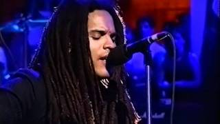 Lenny Kravitz - Heaven Help (Jools Holland BBC 2nd July 93).mpg