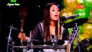 Pagol Chara Duniya Cholena - Sumaya, Family Ties
