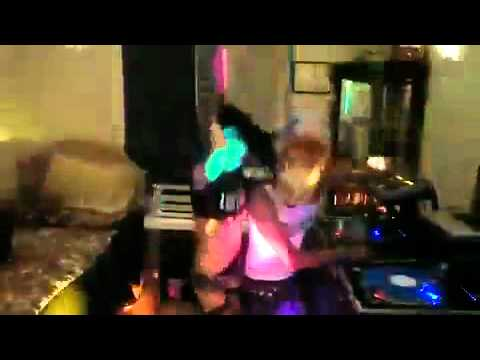 Xxx Mp4 Electro House 2010 HOT MIX DJ BL3ND MP4 Flv 3gp Sex