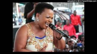 Rebecca Malope - Inombolo Yocingo - Africa Choir