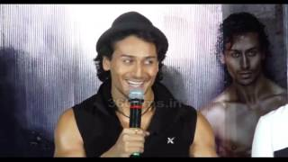 Hrithik Roshan's Die Hard Fan Tiger Shroff: I Can't Copy Him,Would Love To Show BAAGHI