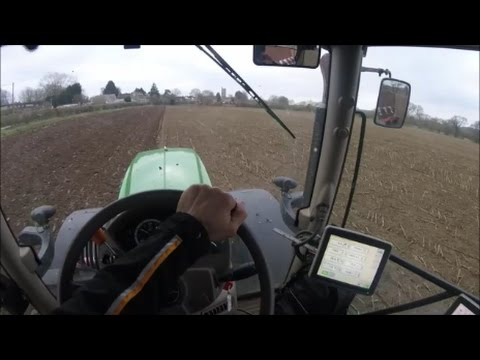 Getting a straight furrow with the JD 6190R