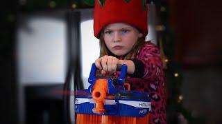 Nerf War: Christmas Battle