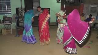 Rajasthani lady dance boys by-ashok- dev-manish