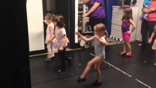 Tiny dancers dance to olaf