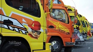 KAMT Mitsubishi Fuso Canter Isuzu Elf Truck Festival Custom Modification