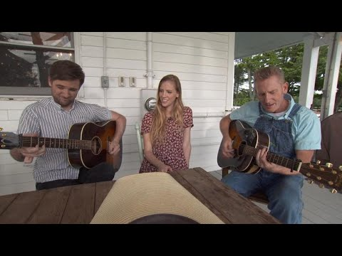 Xxx Mp4 Rory Feek Performs Hard To Be Cool In A Minivan 3gp Sex