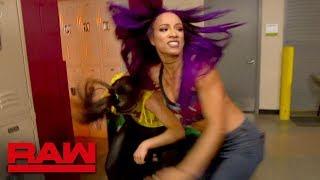 Bayley and Sasha Banks brawl backstage: Raw, March 26, 2018