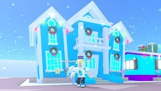 DECORATING MY ENTIRE 2 STORY HOUSE IN MEEPCITY ROBLOX