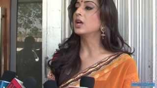 Mahi Gill Hot Bhabhi Material